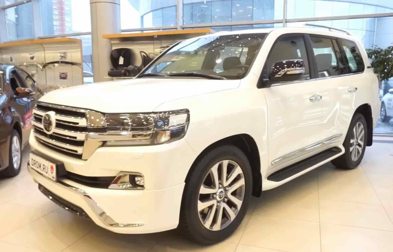 Toyota Land Cruiser 4WD AT Executive White