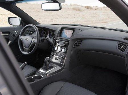 Внутренняя отделка Genesis Coupe 2013