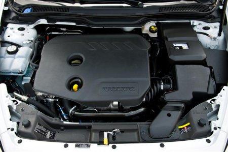 Двигатель Volvo S40 2012