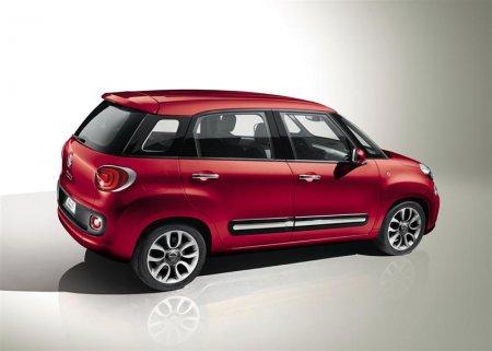 Новый Fiat 500L 2012