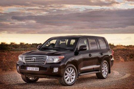 Внешний дизайн (экстерьер) Toyota Land Cruiser 2013