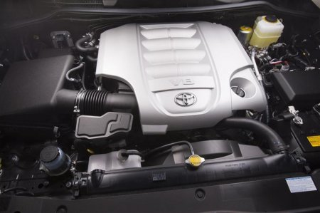 Двигатель Toyota Land Cruiser 2013
