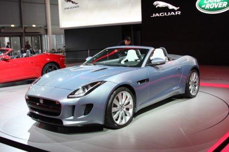 Jaguar F-Type в Париже