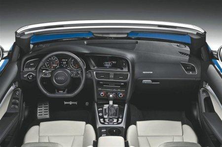 Салон Audi RS5 2013 года