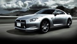Испытания Nissan GT-R