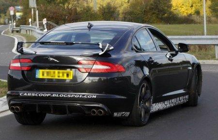 Jaguar XFR-S 2013 года