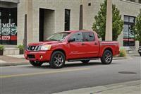 Nissan Titan (Ниссан Титан) 2012 - обзор, фото, цена, характеристики