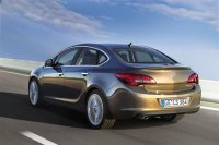 Opel Astra (Опель Астра) 2013