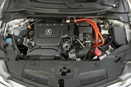 Двигатель в Acura ILX 2013 года