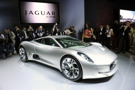 Суперкар Jaguar СХ 75
