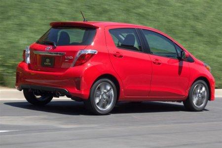 Toyota Yaris 2013 года