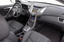Салон Hyundai Elantra 2013 года