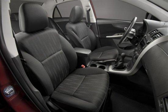 Салон Toyota Corolla 2011