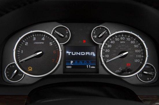 Датчики и показатель скорости в Toyota Tundra 2014