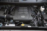 Двигатель в Toyota Tundra 2014