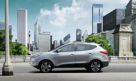 Вид сбоку Hyundai ix35 2014 года