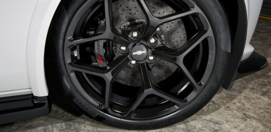Диски и шины Chevrolet Camaro Z28 2014