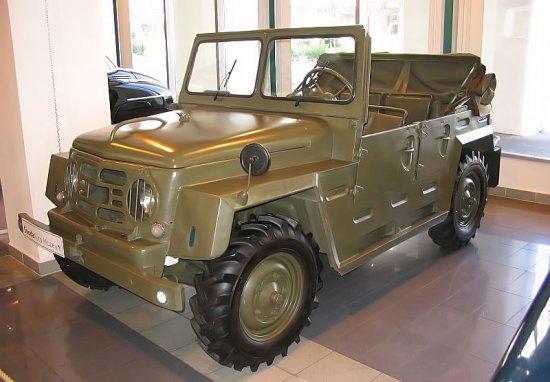 Skoda 973: история по-армейски сурового и грозного внешне автомобиля