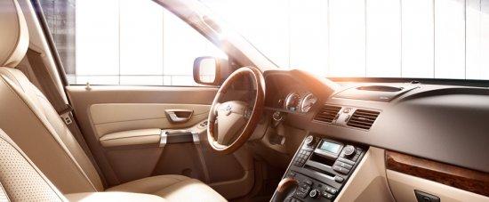 Передние сиденья в Volvo XC90 2014