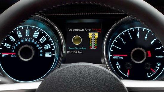 Спидометр Ford Mustang 2014 года