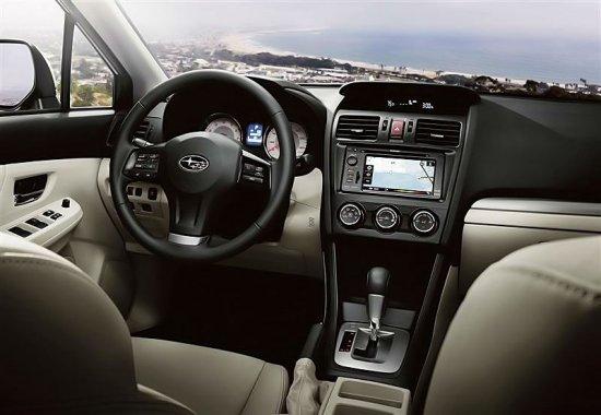 Фото салона Subaru Impreza 2014 года