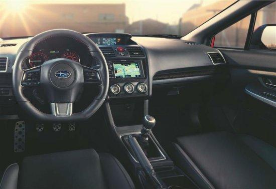 Фото салона Subaru WRX 2015