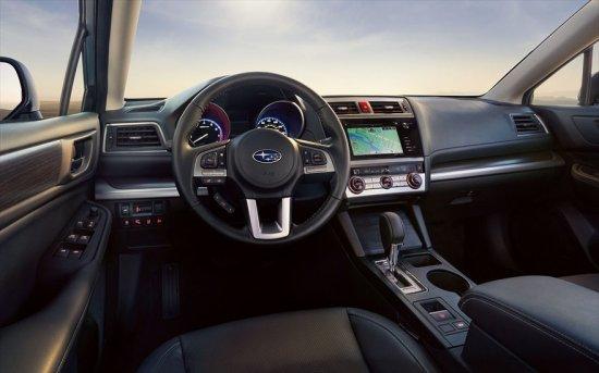 Фото салона Subaru Legacy 2015