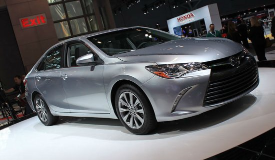 Toyota Camry 2015 модельного года