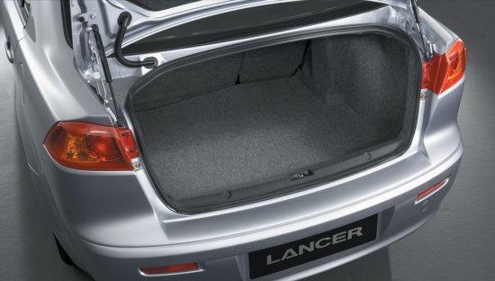 Багажное отделение Mitsubishi Lancer 2014