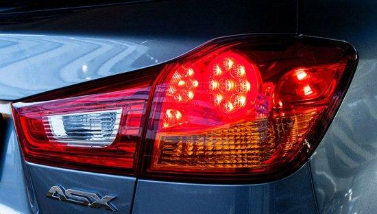 Задний фонарь Mitsubishi ASX 2015