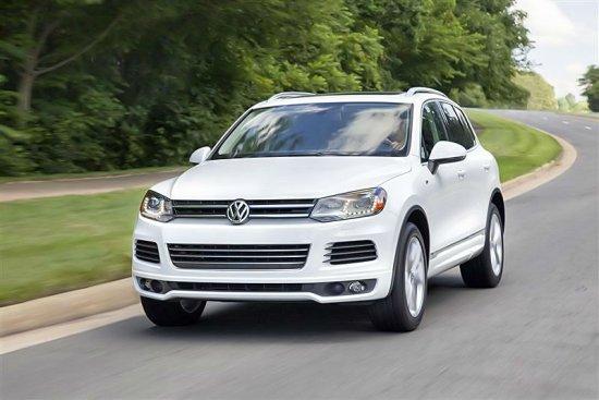 Фото Volkswagen Touareg 2014