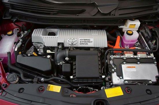 Двигатель Toyota Prius 2015