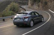 Фото новой Mazda 3 2015