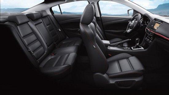 Салон Mazda 6 2015 года