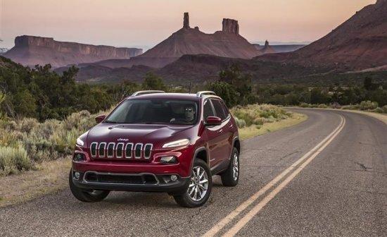 Тест-драйв Jeep Cherokee (Джип Чероки) с видео