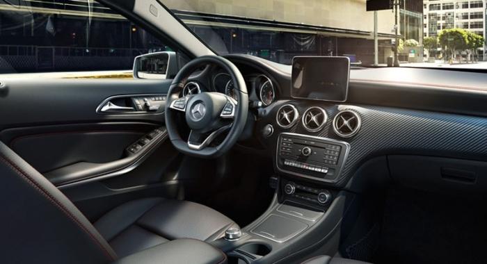 Салон Mercedes-Benz A-Класса