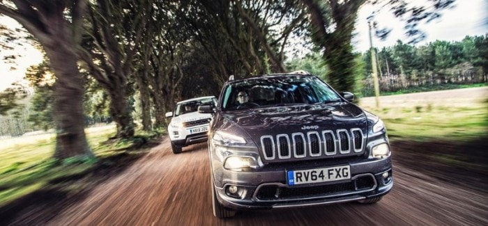 LAND ROVER DISCOVERY SPORT vs. JEEP CHEROKEE TRAILHAWK