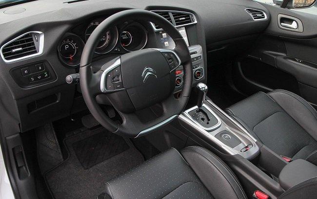 Рестайлинговый Citroen C4 2016