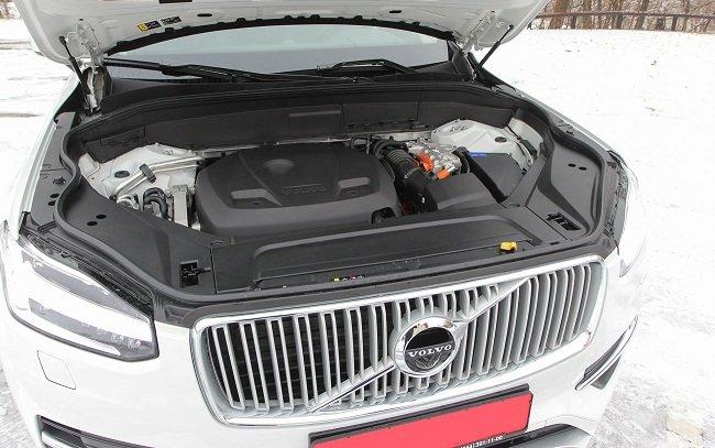 Тест-драйв электрифицированного Vovlo XC90 Twin Engine