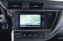 Тест-драйв гибридной модификации Toyota Auris