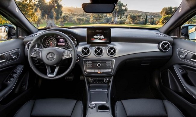 Чего стоит ждать от рестайлинга Mercedes-Benz GLA. И не только от него