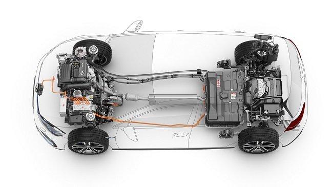 Тест-драйв обновленного Volkswagen Golf