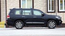 Тест-драйв замка на колесах: Toyota Land Cruiser 200