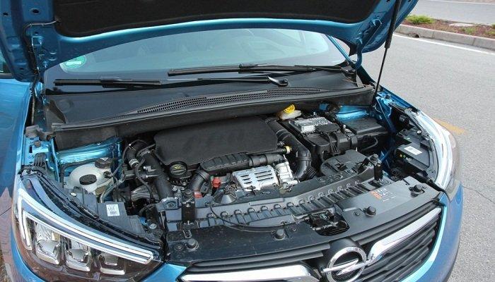 Обзор компактного кроссовера Opel Crossland X