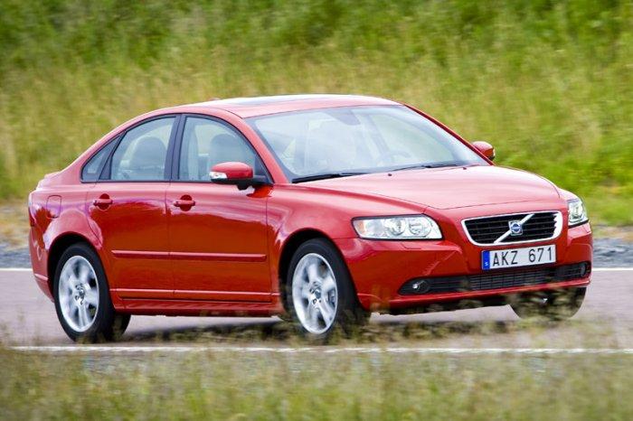 Особенности седана - Volvo S40