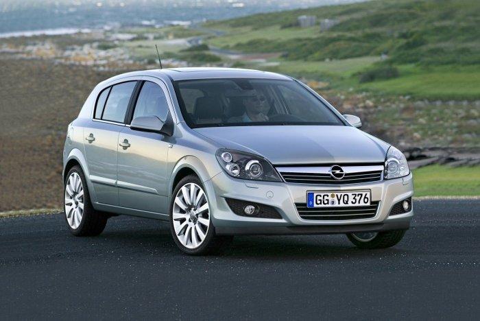 Тест драйв четырёхдверной Opel Astra