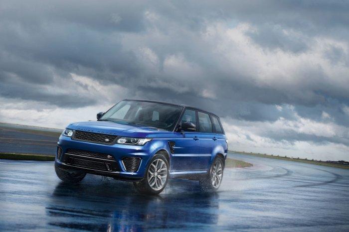 Range Rover Sport SVR: захватывающее ускорение